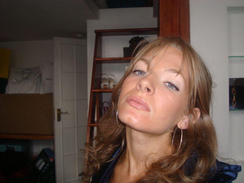 lipgloss lipliner look. BB White Brightening lipgloss